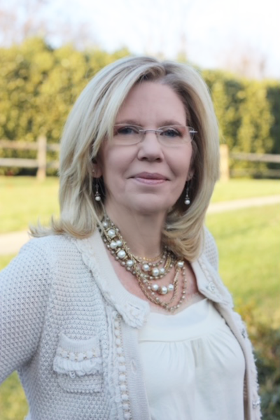 Julie Williams Senior Advisor