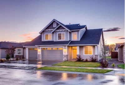 what to consider when choosing a real estate agent